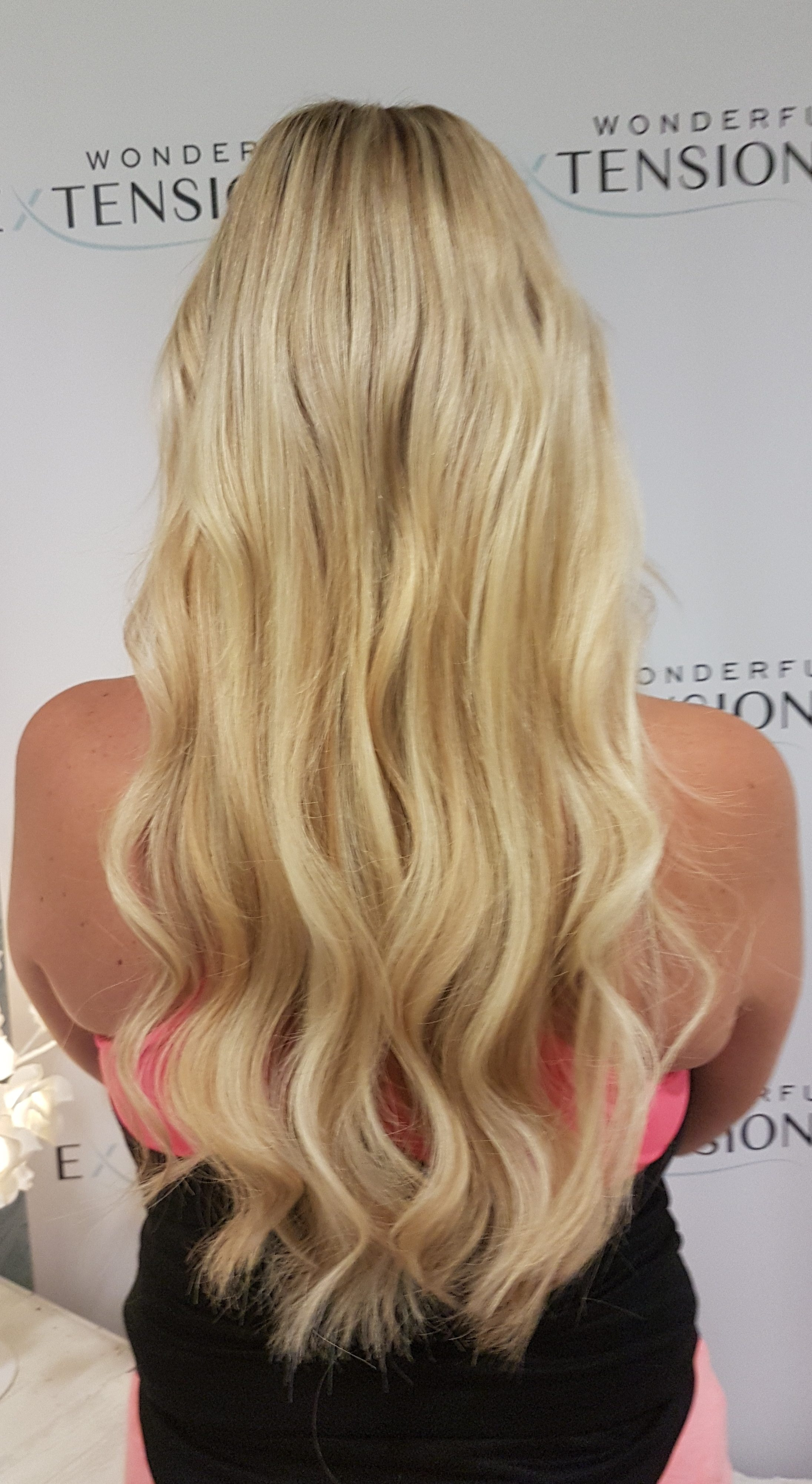Hair Extensions London - Curly Blond
